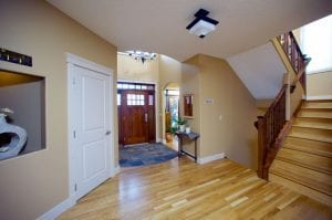 Should You Use Hardwood or Carpet in Your Home Renovation