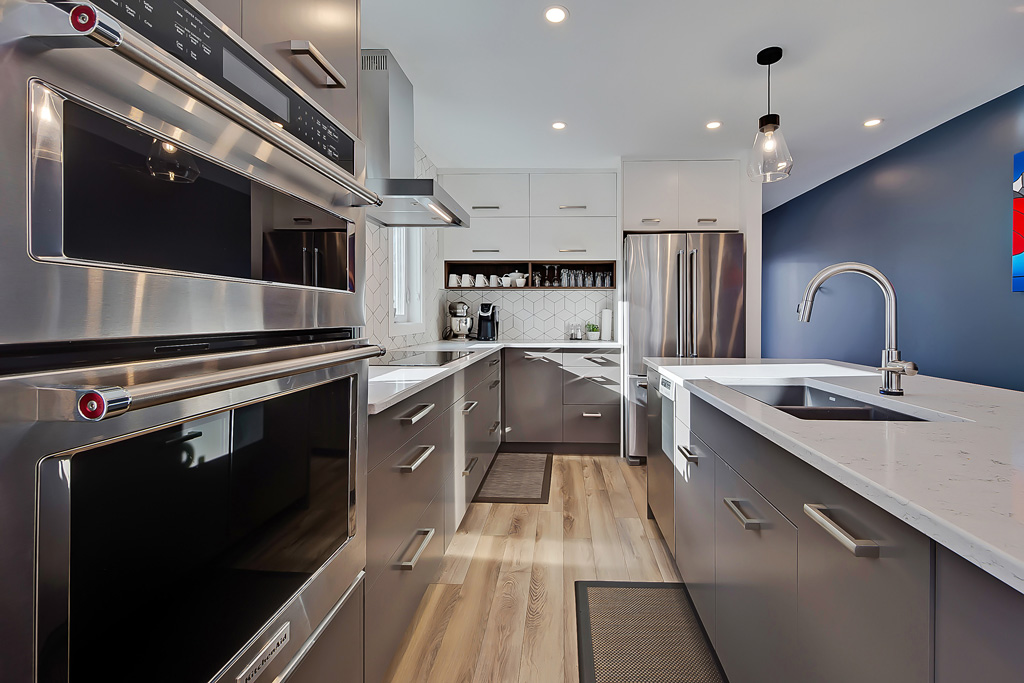 Gorgeous Kitchen in lakeview home